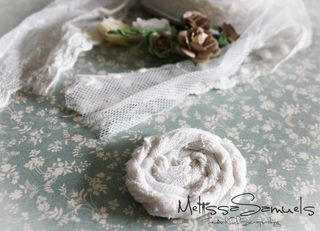 Card lace flower (1 of 1)-10